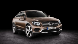 520546mercedes_benz_glc_coupe_2017-HD.jpg